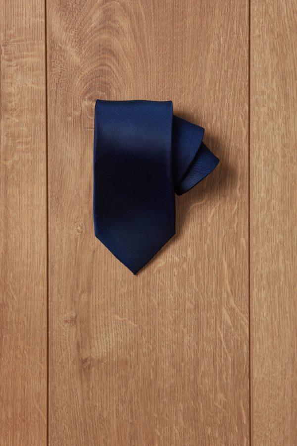 Corbata azul oscuro lisa
