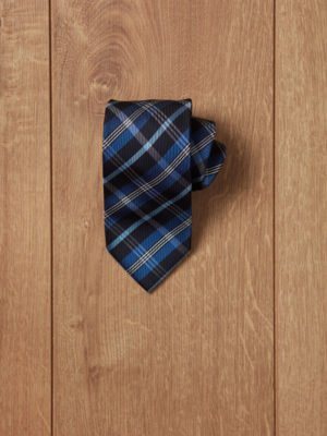 Corbata azul rallas azules y blancas