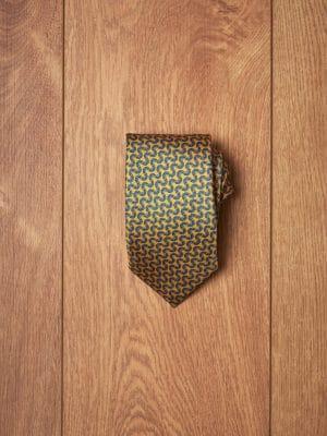 Corbata-amarilla-estampado-floral-azul