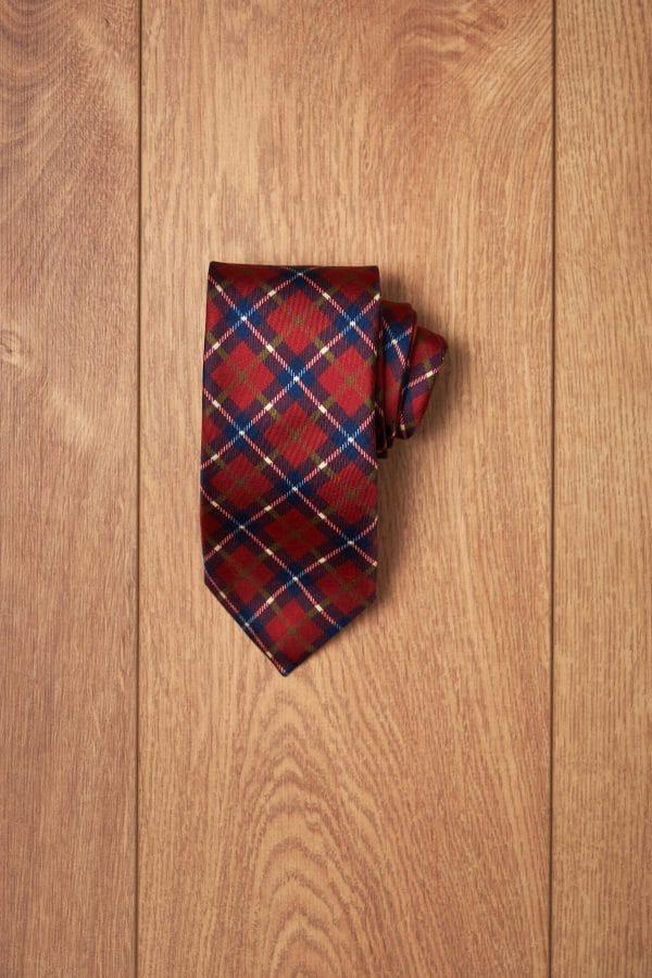 Corbata granate cuadro