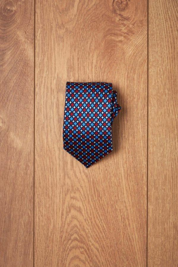 Corbata secuencia roja y azul