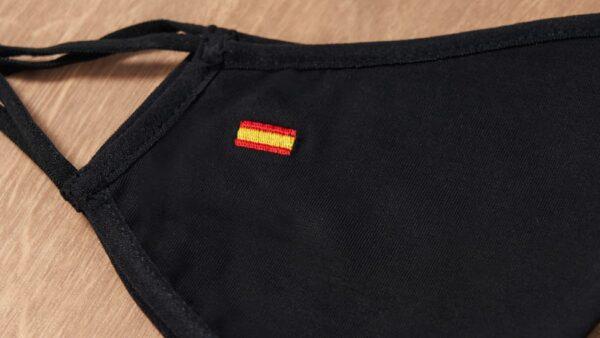 Mascarilla de Tela Negra, Bandera de España 1